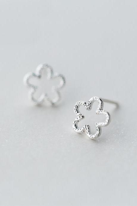 S925 Sterling Silver Hollow Flower Ear Stud, Flower earrings, Floral Ear Post, Flower Ear Stud, Floral Ear Stud Post